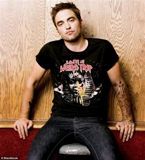 robert pattinson pictures heavily tattooed arms