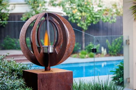 Backyard Garden Sculptures (metal Art)  Modern Pool