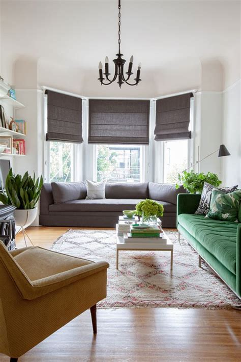 Living Room Curtain Ideas With Blinds by Best 25 Bay Window Blinds Ideas On Living