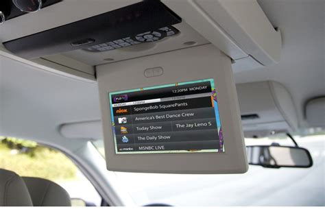 top channel tv mobile chrysler offering 20 channel mobile tv with new flo tv option