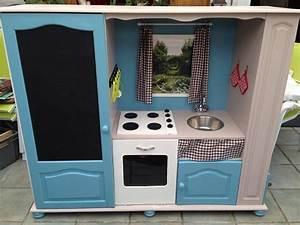 Cuisine Bebe Bois : meuble cuisine enfant le bois chez vous ~ Teatrodelosmanantiales.com Idées de Décoration