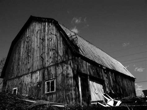 stunning black  white architecture photography