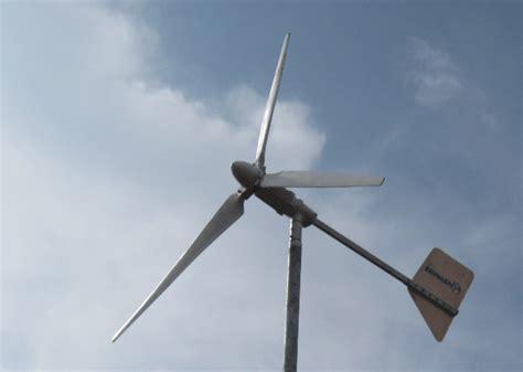 Ветрогенератор 600 Вт от компании КЛИМАТТЕХНИКА купить.