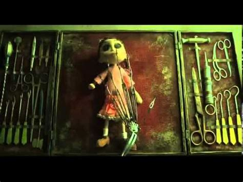 © © all rights reserved. Intro Coraline y la puerta Secreta - YouTube