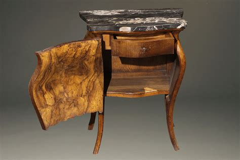 Antique Pair Of Italian Commodes In Burl Walnut With