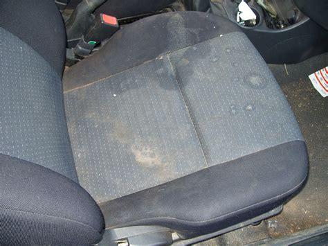 produit nettoyage siege voiture nettoyage de voitures des particuliers ld vapeur