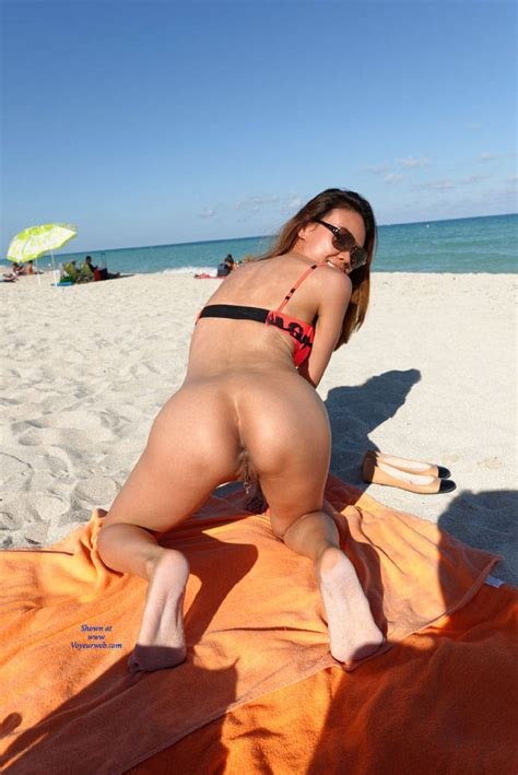 Nude In South Beach Preview November Voyeur Web