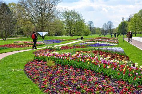 Britzer Garten La by Na Alemanha Britzer Garten Em Berlin Tulipas