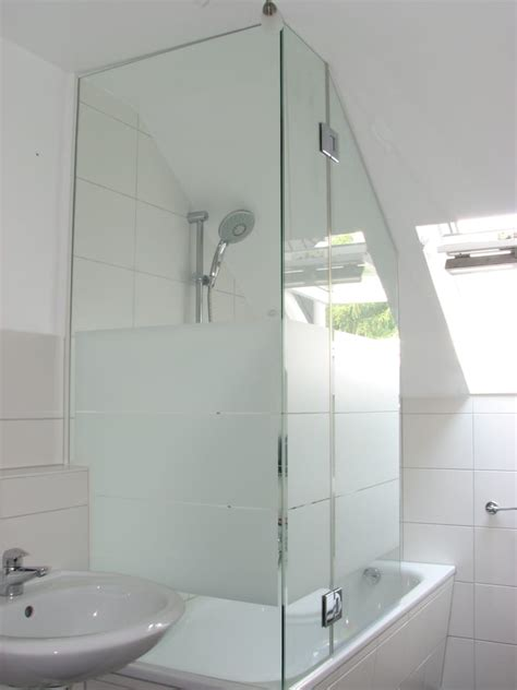 Duschabtrennung Badewanne Dachschräge by Badewanne Duschwand Schrage