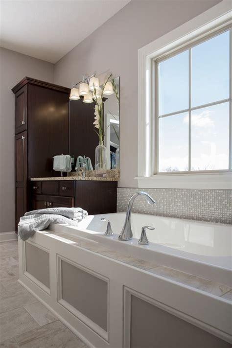 heated soaker tub drop   built  steps