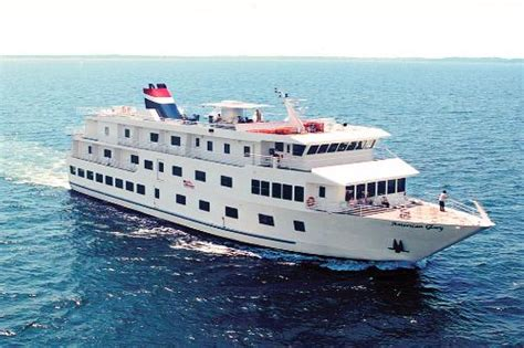 Best Small Cruise Ship Lines On The Water