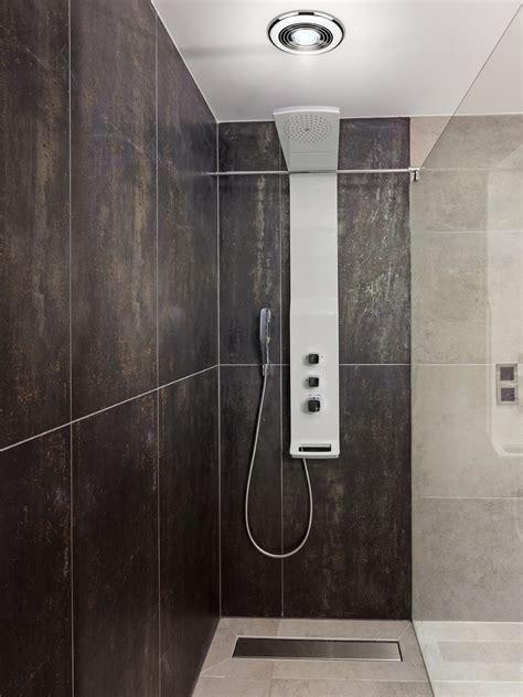 hib cyclone wet room inline illuminated chrome extractor