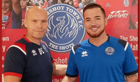 Aldershot sign Ross McCormack | Non League Daily