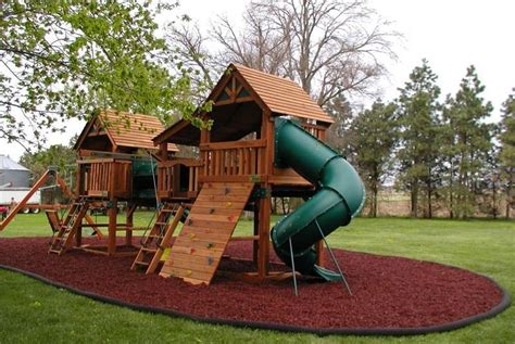 Home Playground : Guardian Outdoor Surfaces