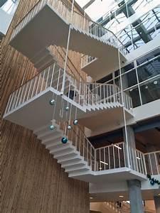 Die Treppe Freudenstadt : treppen aus ultrahochfestem beton beton news produkte ~ A.2002-acura-tl-radio.info Haus und Dekorationen