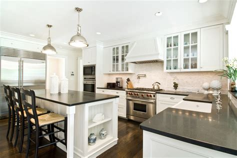 Kitchens With Dark Cabinets And Wood Floors by Hamptons Style Kitchen Beach Style Kitchen New York