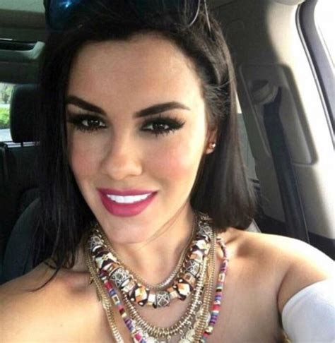 vanity cosmetic surgery dies after going into cardiac arrest during tummy