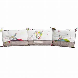 tour de lit fille pas cher fabulous tour de lit coussins With déco chambre bébé pas cher avec tapis le champ de fleurs pas cher
