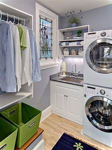 Laundry room decor ideas for small spaces small house decor for Suggested ideas for laundry room design
