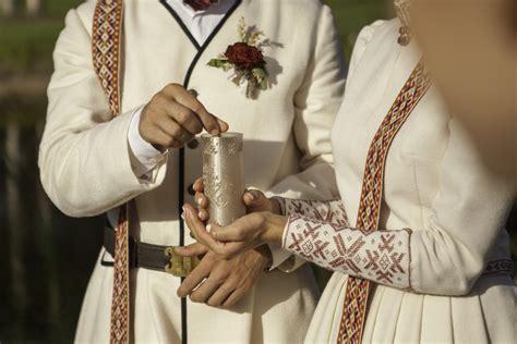 Vedības jeb kāzas ar senlatviešu rituāliem - Ārpus laika