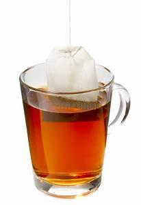 Tee Im Glas : tasse tee mit teebeutel stockbild bild von teacup dishware 21785897 ~ Markanthonyermac.com Haus und Dekorationen