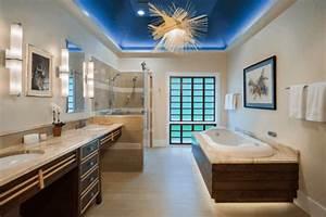 Kronleuchter Für Badezimmer : 1001 ideen f r badbeleuchtung decke effektvolle und atemberaubende atmosph re ~ Markanthonyermac.com Haus und Dekorationen