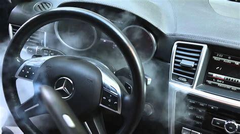 comment nettoyer des si es de voiture en tissu comment nettoyer le tableau de bord d une voiture avec un