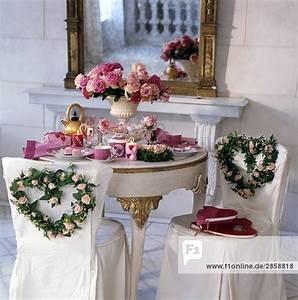 Festlich Gedeckter Tisch : festlich gedeckter tisch zur hochzeit lizenzfreies bild bildagentur f1online 2858818 ~ Eleganceandgraceweddings.com Haus und Dekorationen