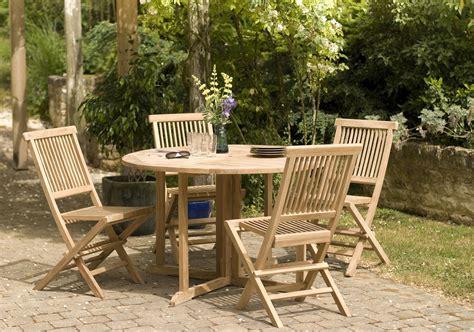 table ronde 4 chaises beautiful table de jardin ronde en teck photos amazing house design getfitamerica us