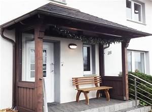 Vordächer Aus Glas : haustur vordach holz und glas ~ Frokenaadalensverden.com Haus und Dekorationen