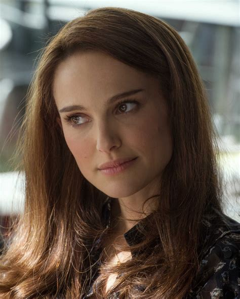 Natalie Portman Actress Profile Hot Picture Bio Body