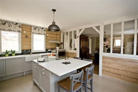 cuisine en naturelle cuisine aménagée bois naturel