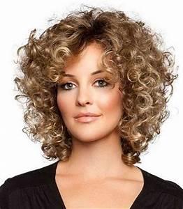 Coupe De Cheveux Femme Visage Rond Cheveux Epais : coupes coiffures visage rond cheveux boucl s pais ~ Nature-et-papiers.com Idées de Décoration