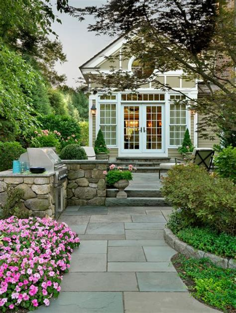 sudbury design group   entry  pathway bluestone patio backyard walkway stone