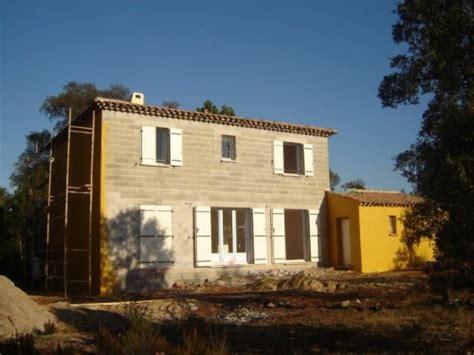 la maison des ensembles mise en couleur