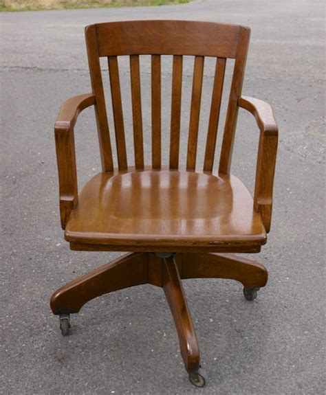 vintage oak bankers chair vintage antique gunlocke tiger oak slat back mission