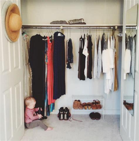 Garde Robe Minimaliste Femme by La Garde Robe Minimaliste Simplifiez Vous La Vie Gr 226 Ce 224