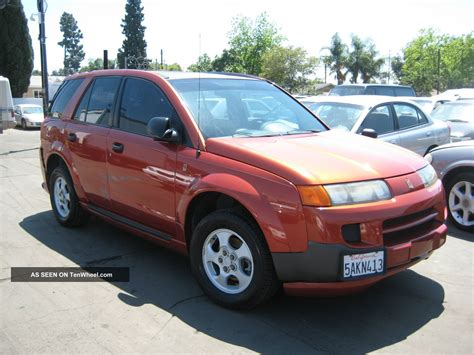 saturn vue base sport utility  door