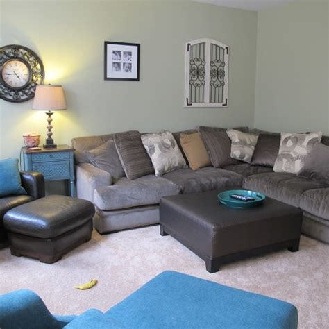 Fontaine Sectional Sofa by Fontaine Sofa Rooms