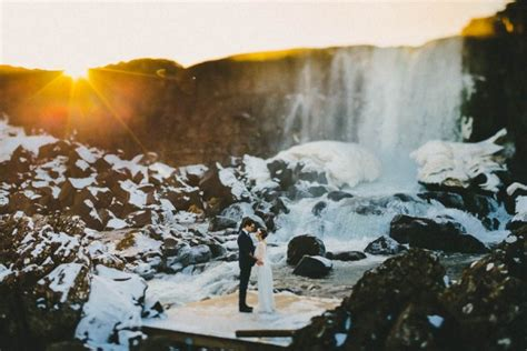 favorite mind blowing iceland engagement session