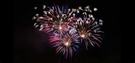 Over 100 FREE Fireworks Pictures | IceflowStudios Design ...