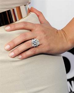 kim kardashian39s ring from kanye is smaller than her last With kim k wedding ring