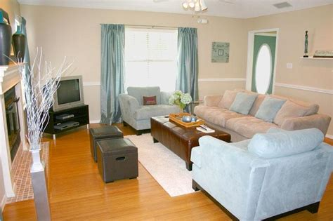 Furnished Living Room Photos