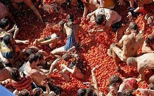 La Tomatina Festival 2019 The Annual Tomato Fight In
