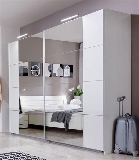 armoire design chambre armoire design portes coulissantes coloris blanc alpin