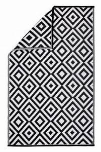 Outdoor Teppich Schwarz Weiß : outdoor teppich schwarz wei jetzt bei bestellen ~ Frokenaadalensverden.com Haus und Dekorationen