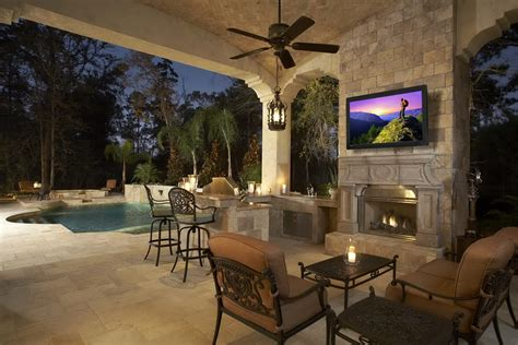 Live Life Outdoors With An Outdoor Television!