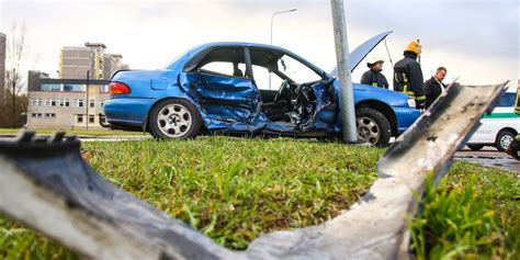 joe   cars employee accused  negligence st