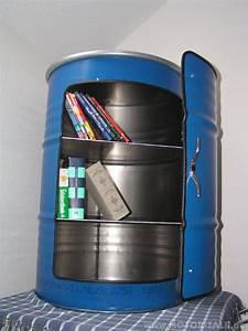 Maße 200 L Fass : schrank aus 200 liter lfass bar partykeller blau werkzeugschrank biete ~ Markanthonyermac.com Haus und Dekorationen