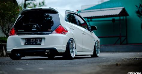 Modifikasi Honda Brio Rs by Modifikasi Honda Brio Gettinlow
